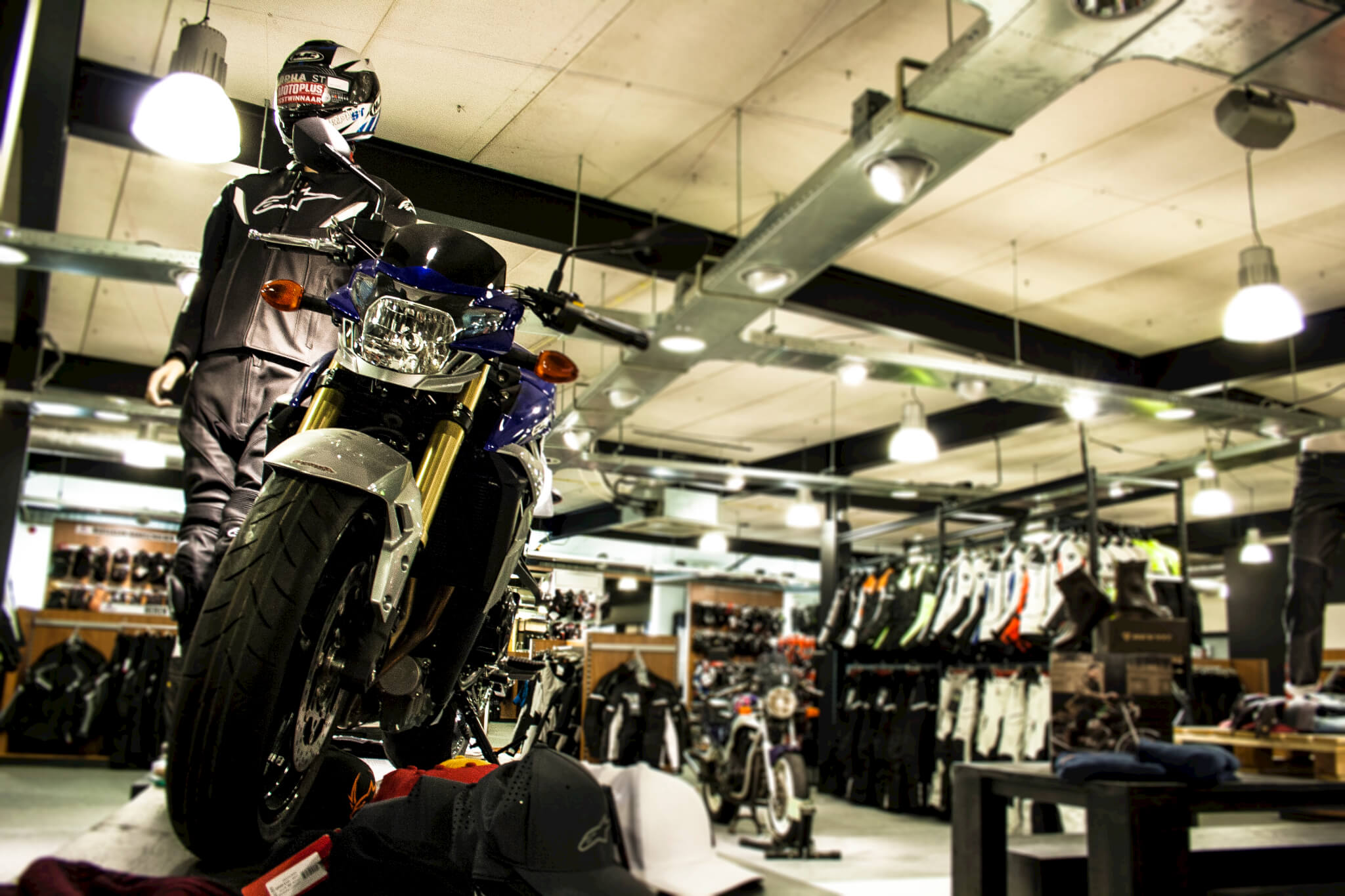 motorkledingcenter motorzaak
