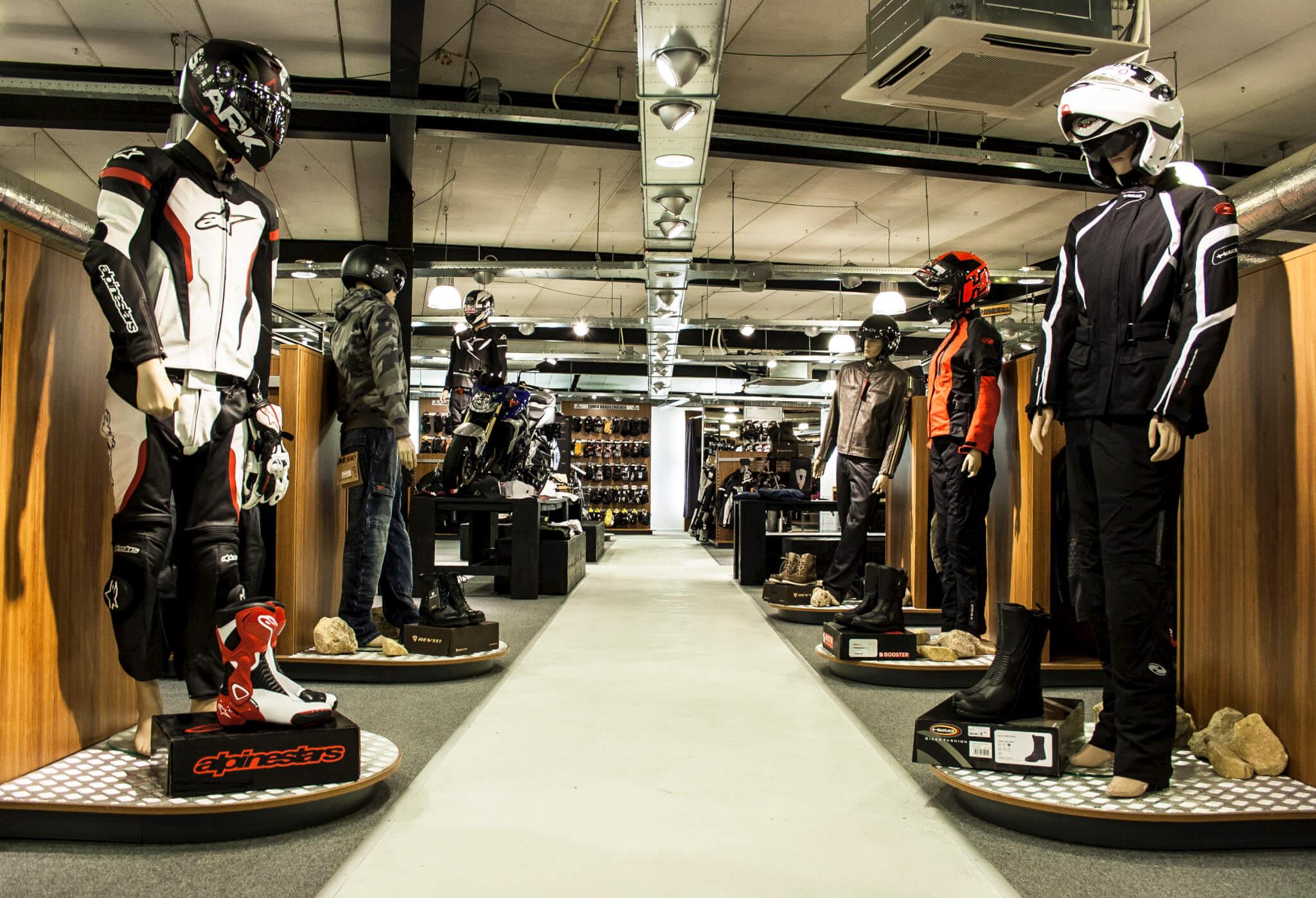 Motorkledingcenter hazerswoude storemanager niels