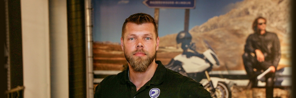 Motorkledingcenter hazerswoude storemanager niels boer