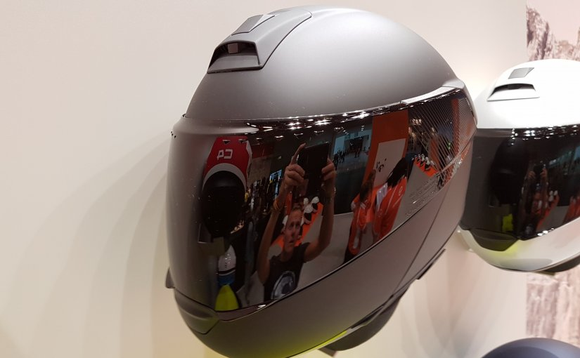 Introductie Schuberth C4 systeemhelm op de Intermot