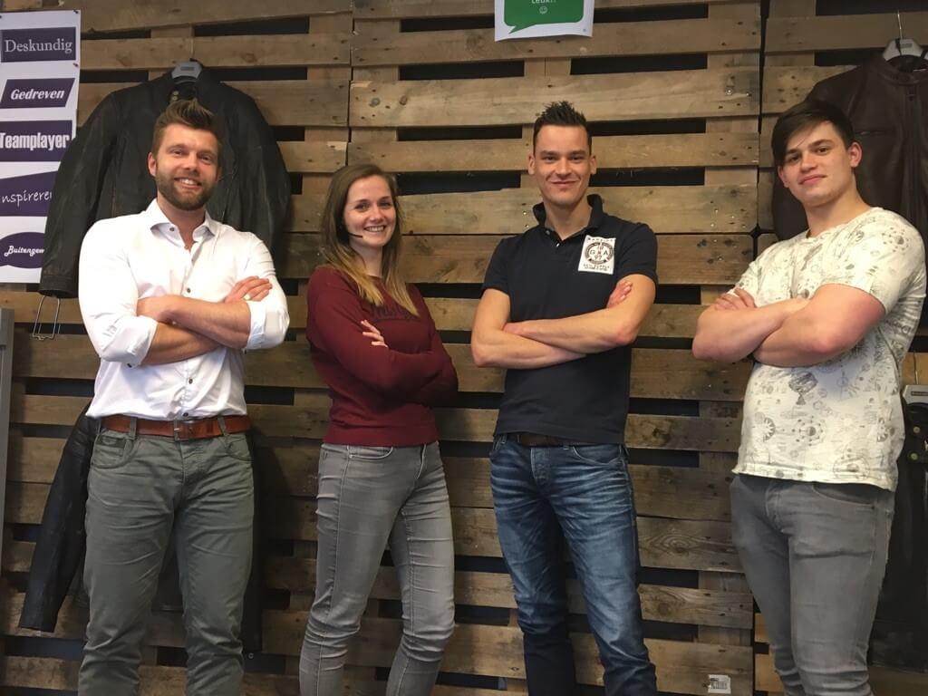 motorkledingcenter service team