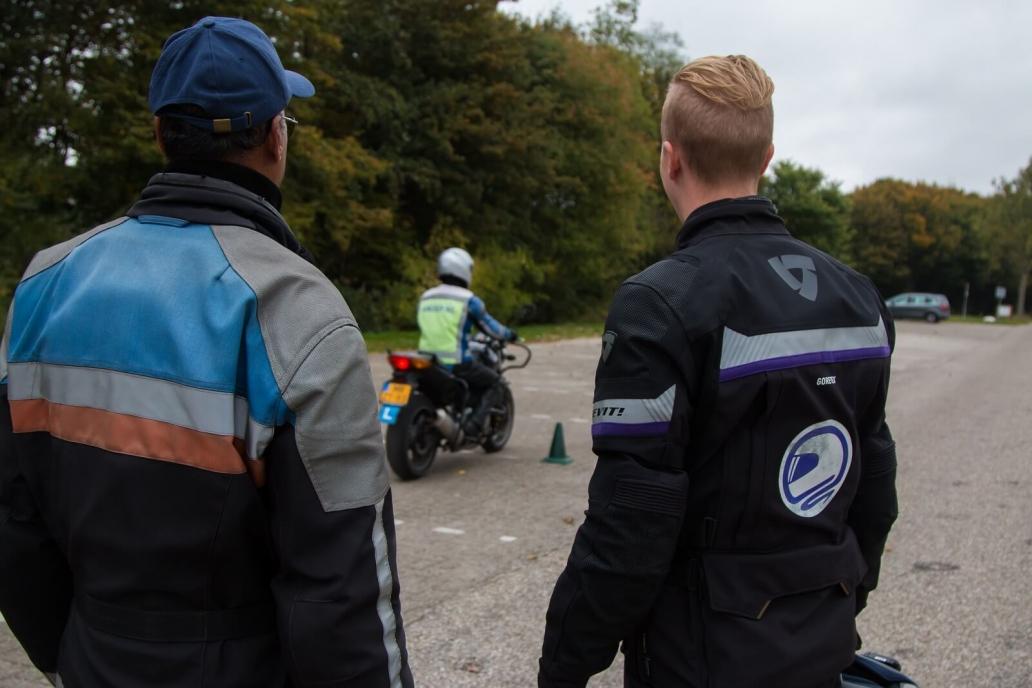 11 redenen waarom jij je motorrijbewijs moet halen
