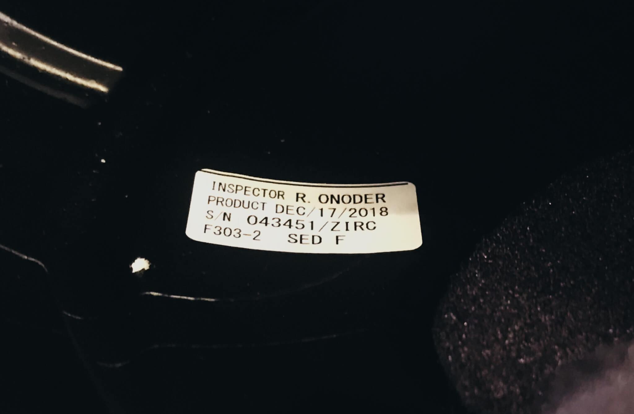 Productiedatum van een motorhelm