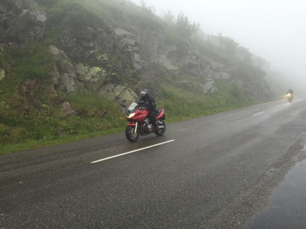 Motorrijden in de regen