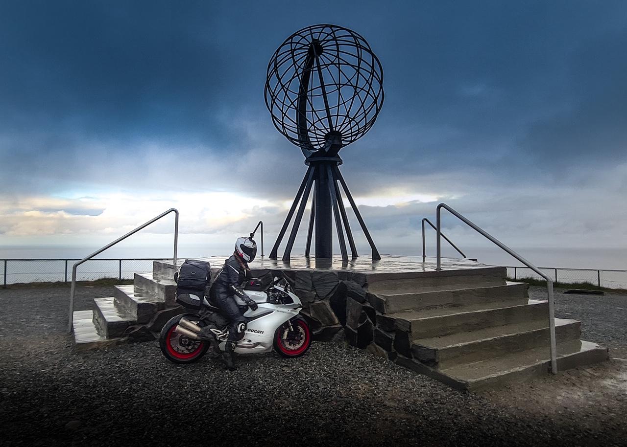 TravelwithSab bereikt de Noordkaap