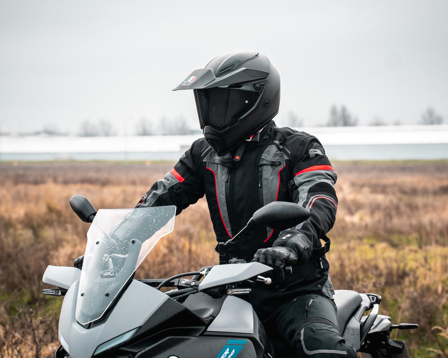 Gelamineerde motorkleding