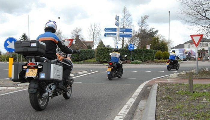 motorrijles, avd, praktijk, motorrijbewijs